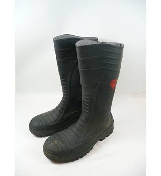 Vital Size 11 Black Safety Boots