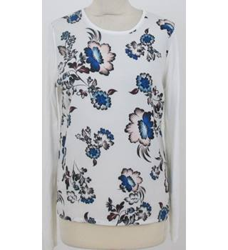 Warehouse size: M ivory floral pattern jumper