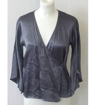 BNWT French Connection size 6 Metallic Grey Wrap Over Top