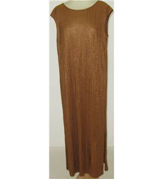 NWOT M&S Size:12 golden-brown plisse dress