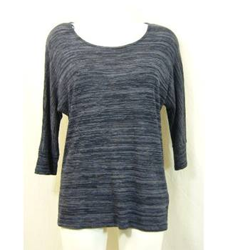 Monsoon - Size M - Blue and grey horizontal abstract patterned top