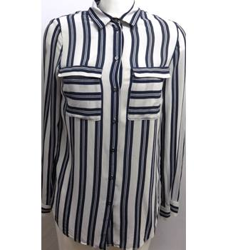 Hobbs Size 8 Navy and Grey Striped  Blouse