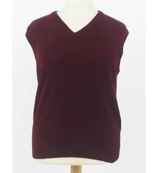 "Connoisseur 40"" Chest Burgundy Sleeveless Cashmere Sweater"