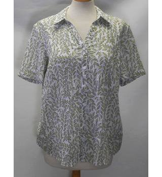 Isle - Size 12 - White with green leaved patterned blouse