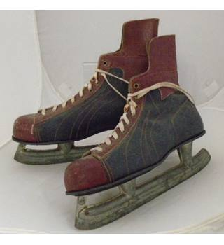 Vintage Men's  Ice Skates - Size: 11 2/3
