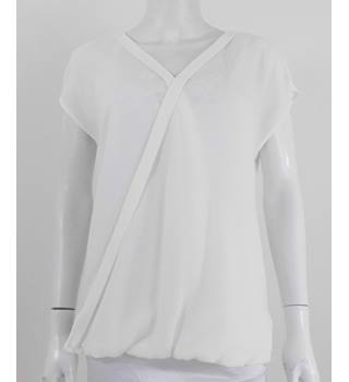 Marks & Spencer Collection Ivory Cross over Front  Sleeveless Blouse UK Size 10 / Euro Size 38