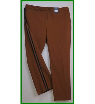 "BNWT - M&S Marks & Spencer - Size: 40"" - Brown - Trousers"