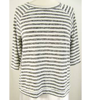 M&S Marks & Spencer - Size: 14 - White - 3/4 Sleeve Top
