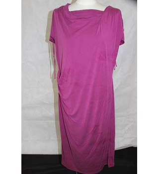 Marks and Spencer - BNWTs - Magenta - Dress - Lined - Size 16UK