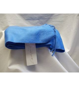 Cashmere made in Scotland Azure blue Arran pashmina
