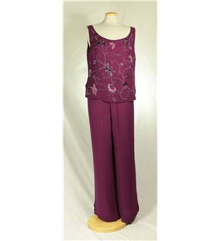 Country Casuals - Size: 14 - Purple with Bead Embellished Top Trouser suit