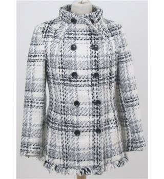 Zara size M  white with black checks  double breasted jacket