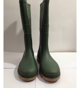 Brand new - Green Wellington Boots - size 4 Unbranded - Size: 4 - Green - Boots