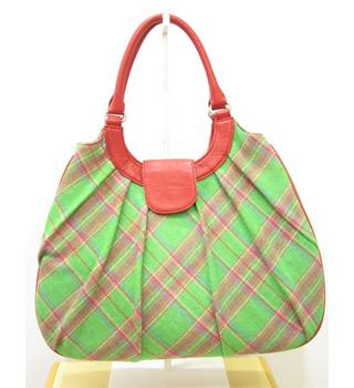 Ness Bag Size: M - Green - Top Handle Bag