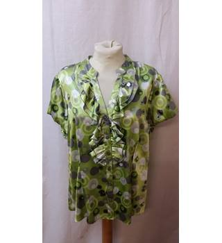 Debenhams - Size: 16 - Green - Short Sleeved Shirt