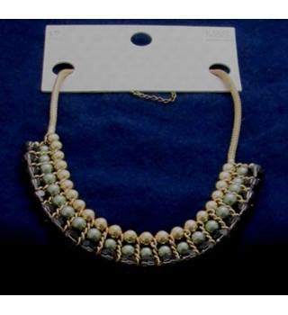 NWOT M&S Collection green mix triple row beaded collar necklace