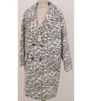 NWOT Indigo Collection, size 16 cream & grey leopard print wool mix coat