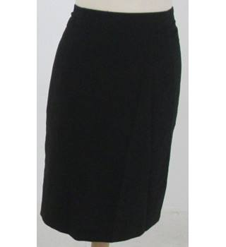 Paul Smith Size: 14 Black with pink and white polka dot belt skirt