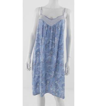 M&S Size 12 Short Nightdress In Soft Blue Floral Print
