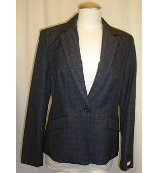 BNWT Next Size 16  Grey single breasted Tailored Jacket fastening with one button