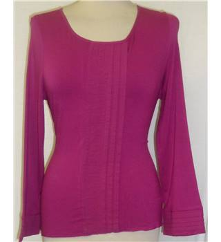 Per Una size: 14 fuchsia long sleeved top