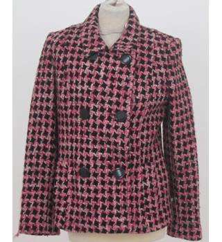 Marvin Richards Size: M Black, pink and white pattern winter jacket