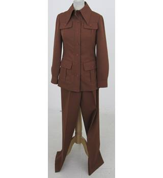 Vintage Unbranded Size:12 brown safari style trouser suit