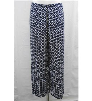 Jaeger size 14 navy with white pattern lined trousers
