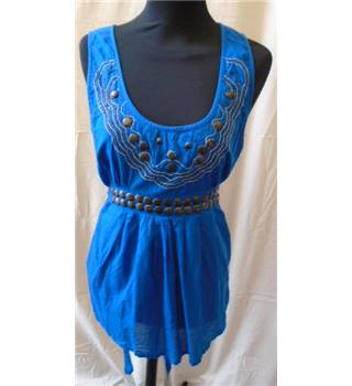 Oasis Size 12 Blue with Sequin and Metallic Bead Pattern Sleeveless Top