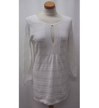 BANANA REPUBLIC- Size: M - White Top