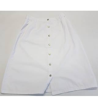 Damart Size 14 White Pencil skirt Damart - Size: 14 - White - Pencil skirt