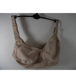Marks & Spencer Nude Non Wired Bra Size 34C
