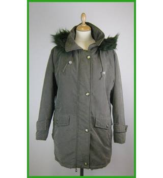 Long padded jacket - Size: 10/12 - Green
