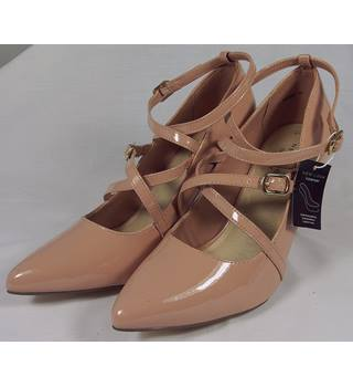 BNWT New Look Shoes - Nude - Size 6 (39) New Look - Size: 6 - Nude - Heeled shoes