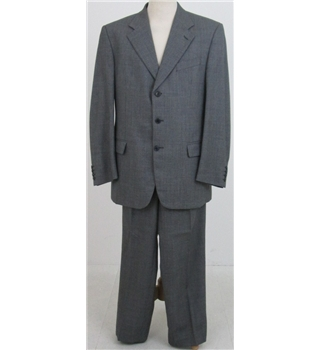 Savoy Taylors Guild size: M black/cream single breasted suit