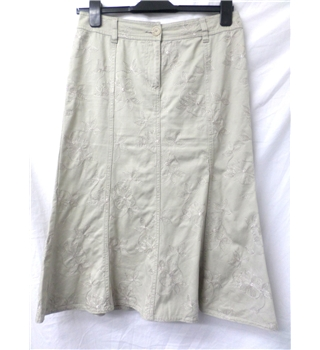 Wallis size: 10 beige knee length skirt