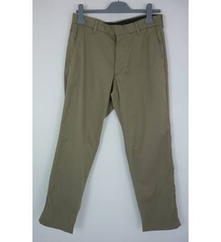 "M & S Size: M, 32"" waist, 31"" inside leg Stone Grey Casual/Stylish Cotton Blend ""CoolMax""Tapered Leg Flat Front Chinos"