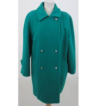 David Barry Size:M green winter 3/4 coat