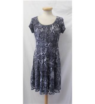 Billie & Blossom - Size 12 - Sleeveless grey/dark blue pattern with jewelled neckline dress