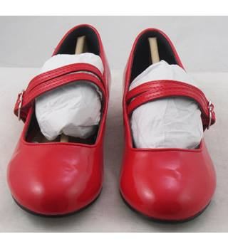 NWOT M&S Kids, size 2/34.5 red patent effect double strap Mary Janes