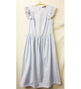 Limited Edition - Size: 10 - Blue & White Striped - Midi Dress