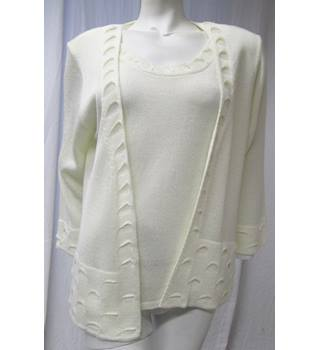 Future Lady Cream Top Size XL Future Lady - Size: XL - Cream / ivory