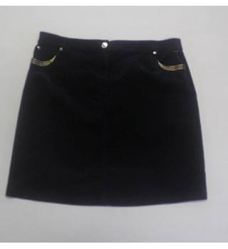 PER UNA size 22 Navy skirt BRAND NEW with tags Size: 22 - Blue - Knee length skirt