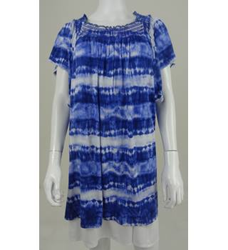 M&S Collection Size 26 Longline Blue and White Tie-Dyed Top