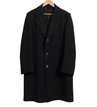 Alexandre Oxford St.  London. Genuine West of England. Material: Wool. Men's Over Coat