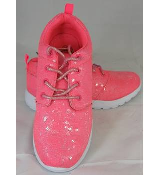 BNWOT London 1990 - Size: 9.5 - Pink - Trainers