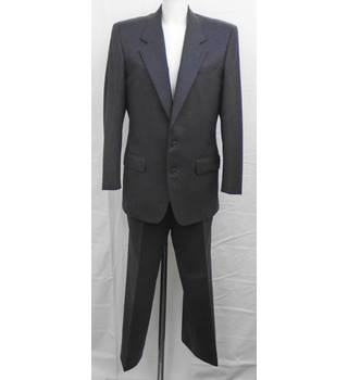 Ermenegildo Zegna tailored grey suit Size M