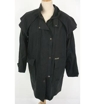 "Driza-Bone Size: M, 5, 41"" chest, short length Black Country/Equestrian Treated Cotton Riding Coat"