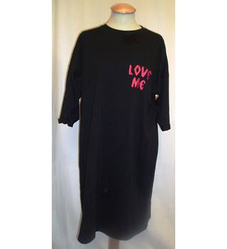 BNWT ASOS (Manufacturers sample) Size 10 Black Over sized T shirt style night shirt with 'Love me', 'Forever or never' text