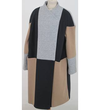 NWOT: M&S Size 18: Black, beige & pale grey coat
